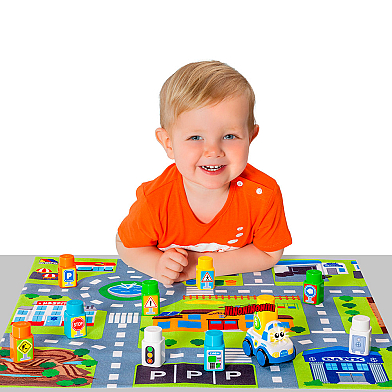 Molto blocks Set + 1 car + Playmat